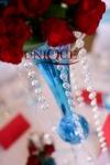 Aranjament floral trandafiri rosii cristale accesorii nunta turquoise